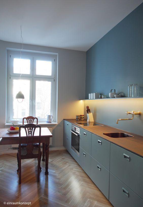Kuche Kitchen Berlin Interior Design Boden Holz Farrow Ball Einraumkonzept Planung Einrichtun In 2020 Kitchen Interior Interior Design Kitchen Kitchen Style