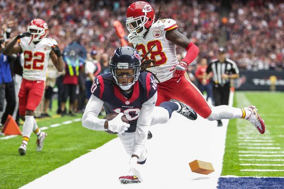 Texans improve to 2-0 with win over Chiefs