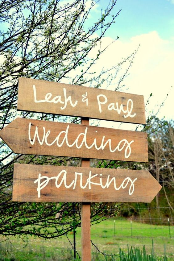 Signage for the cottage - rustic and cute.