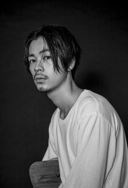 男らしい雰囲気の成田凌のかっこいい高画質画像