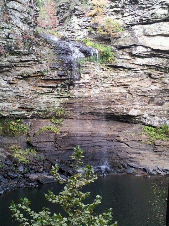The falls on pettie jean