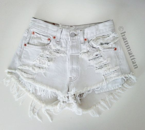 ALL SIZES &quotICE&quot Vintage Levi high-waisted denim shorts white