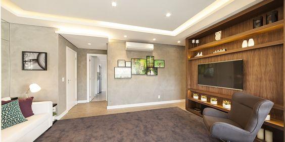 Apartamento pronto para morar na Vila Olímpia com 2 suítes ou 3 dorms. Lazer completo com piscina coberta e aquecida . Visite apto. decorado.
