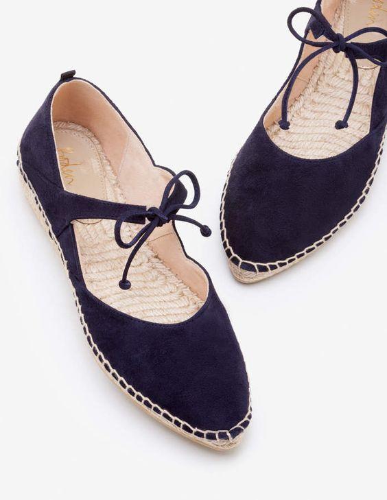 Surprisingly Cute Summer Flat  Shoes