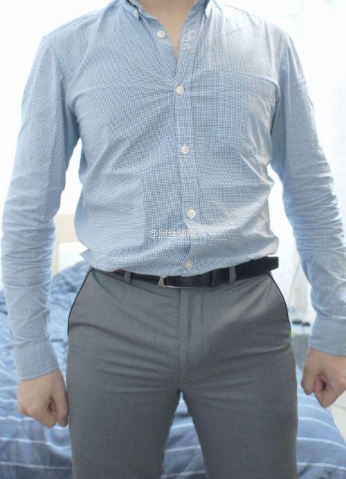 Bulging | Suit and Tie Bulges | men in uniforms | Pinterest | Suit and ...