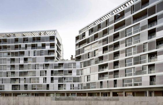 112 Flats Building / Basilio Tobías