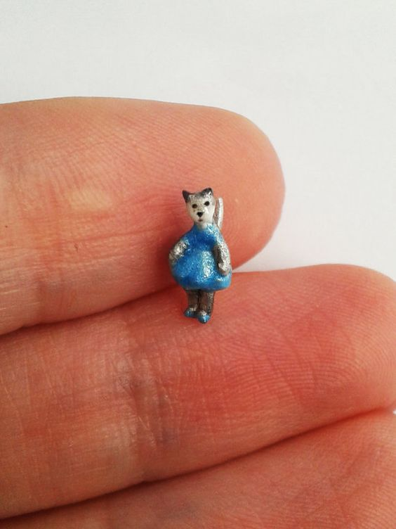 Tiny Lady Cat in blue dress  Micro Miniature. OOAK by Ilovemicro
