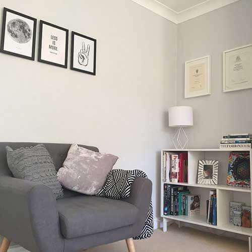 Cakil Tasi Rengi Boya Ornekleri Ve Modelleri Evde Mimar Oturma Odasi Tasarimlari Oturma Odasi Dekorasyonu Oturma Odasi Fikirleri