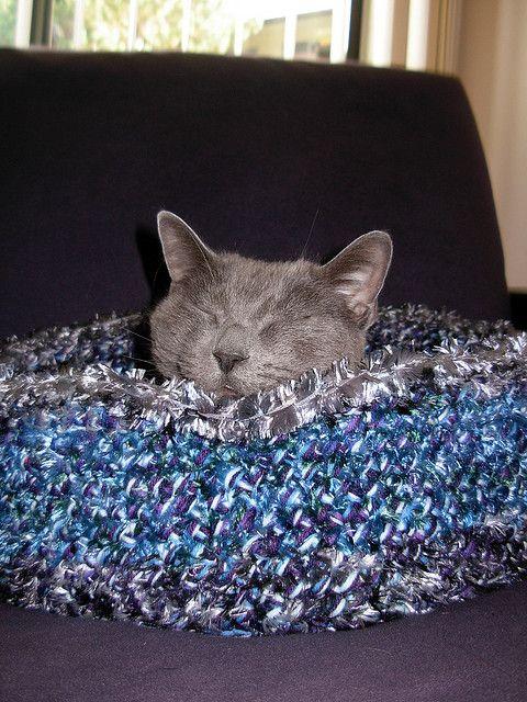 Crochet Pet Bed, Free pattern