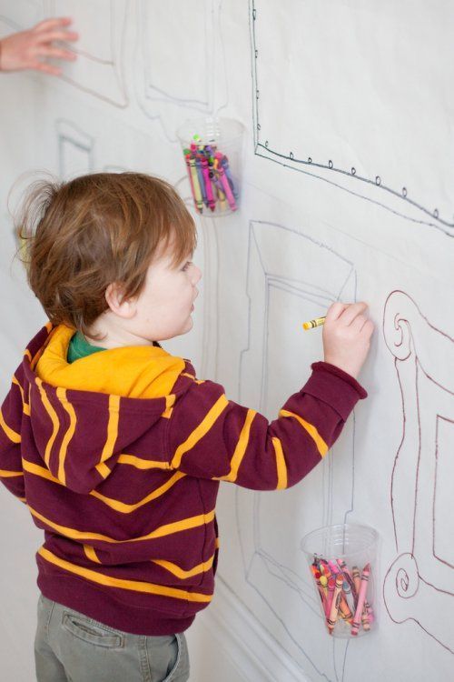 kid crafts - draw on the wall art (butcher paper)