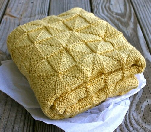 Hand Knitting Patterns For Babies : Hand Knitting Tutorials: Soft-as-a-Cloud Baby Afghan - Free Pattern knittin...