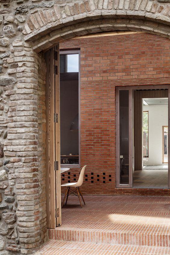 House 1014 / H Arquitectes / Entrada