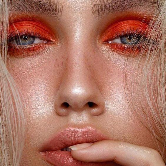 Inspiração de Maquiagem Colorida para o Verão