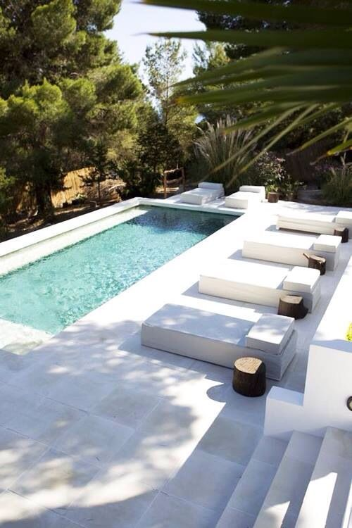 21 Beautiful Plunge Pool Ideas Pool Landscaping Swimming Pool