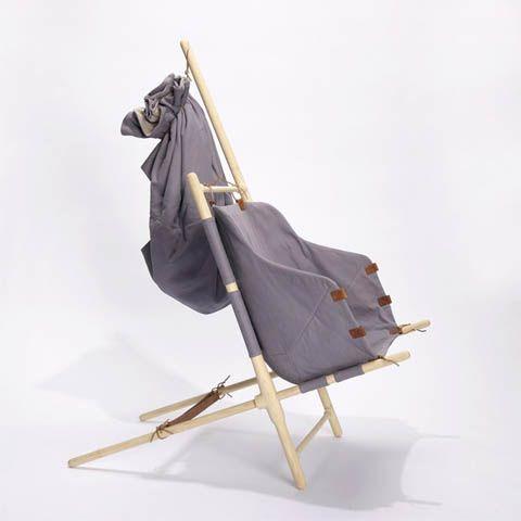 """Février 2013: Objets Voyageurs -Voyage 100% nordique- Chaise portable """"NORDIC NOMAD CHAIR"""" (DK).  http://www.plumevoyage.fr/objets-voyageurs-special-voyage-nordique/"""