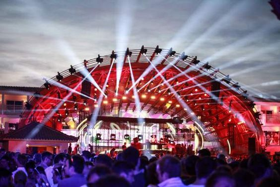 Ushuaïa Playa d'en Bossa's spectacular open air party venue and clubbers' hotel