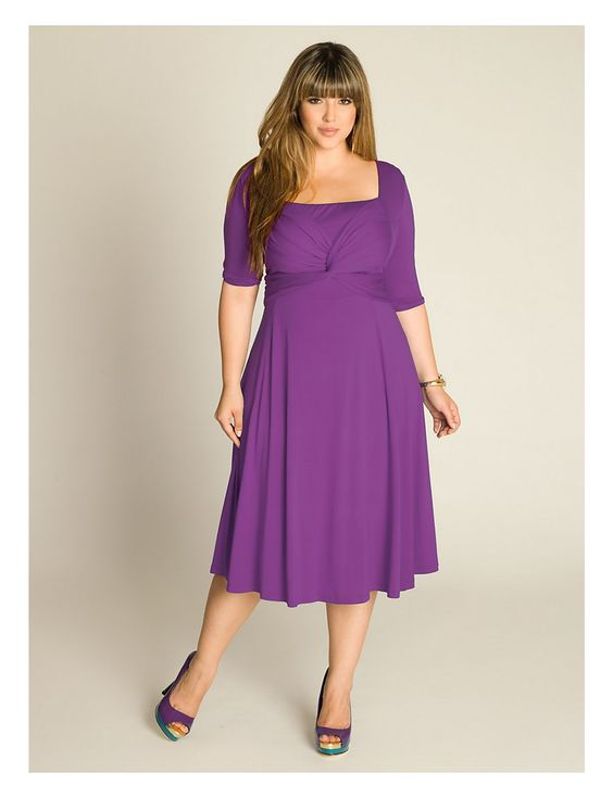 We are so loving purple this season, and this dazzling shade will look fabulous on any of our Sonsi women at a wedding or special event. #sonsi #plussize #style
