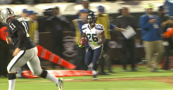 Seahawks running back Troymaine Pope returns a kickoff 60-yards during the…
