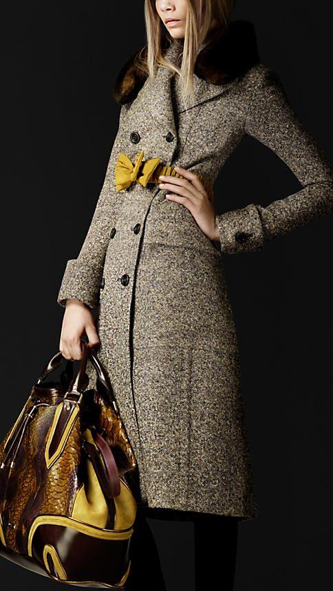 Burberry - wool silk tweed.