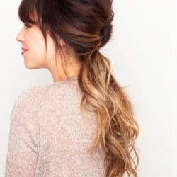 We have found 10 Easy Spring 2012 Hair Do's that you definitely must do! (via The Beauty Dept)