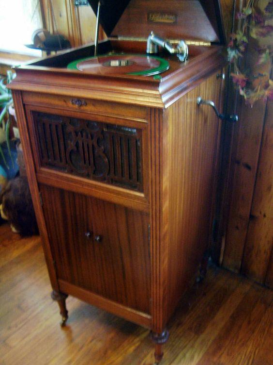 Victrola Phonograph Silvertone Antique Victorian Furniture