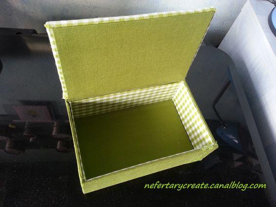 Cartonnage : intérieur petite boîte recouverte detissu