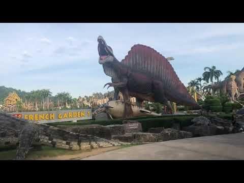 رحلة الحديقة السياحية الاولى في بتايا Statue Lion Sculpture Landmarks