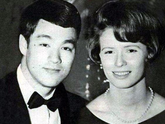 bruce lee wife bruce lee with his wife photos the