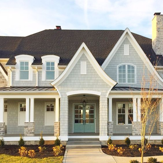 This is my dream home even has a mint door swoon for Benjamin moore stonington gray exterior