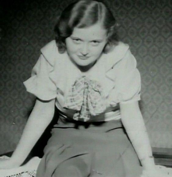 """Ilse Koch, """"la Bruja de Buchenwald"""" 0a168daffd9483aa2e3b2cd85fdad09d"""