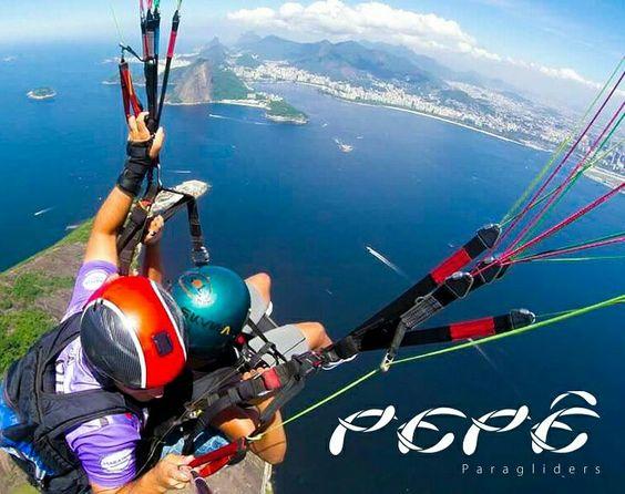 Sobrevoando Niterói  e um dia magnífico!!! Venha voar vc também!!! Pepê  21 992975009  www.pepeparapente.com.br  #Pepêparapente #parquedacidade #voolivre #youcanfly #vocepodevoar #liber dad@sogluiadeniteroi