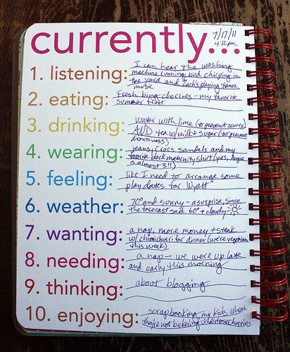 What a neat idea for daily journaling...I would love to make one of these for myself!: