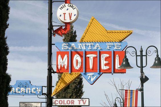 Santa Fe Motel by Kenneth David Geiger, via Flickr