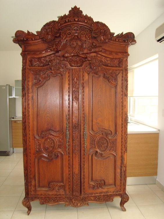 Ropero antiguo de cedro muebles y curiosidades vintage pinterest - Armario ropero antiguo ...