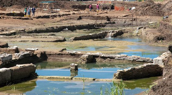 Monumentaal zwembadcomplex ontdekt nabij Rome - Archaeology Magazine