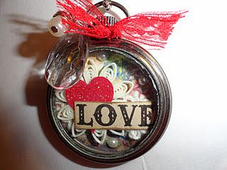 Adorable idea! A pocket watch Valentine necklace