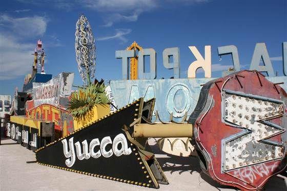 Vintage Vegas neon signs light up Sin City museum (Photo: Courtesy Neon Museum)