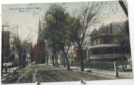 K3582 Pekin IL Postcard Street Scene | eBay