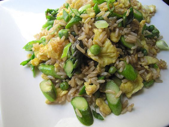 Fried rice with asparagus and peas