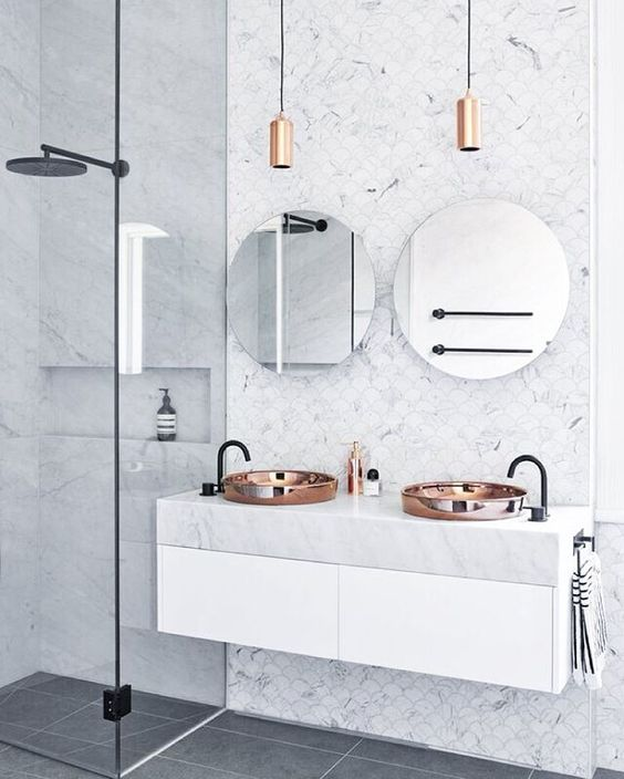 """""""// THOSE Carrara Marble Fish Scale Mosaics + that oversized BLACK shower head ;) Styled by @marshagolemac for @studio103ptyltd. Photo by @_danhocking_.…"""""""