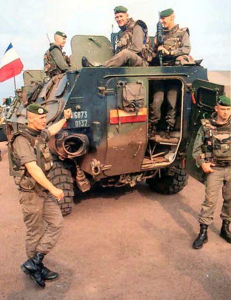 Jeviens de recevoir ces photos de légionnaires,mais c'est où ? Mali? autres 0a2b5810a87f59e5c12f3e033d5863e6