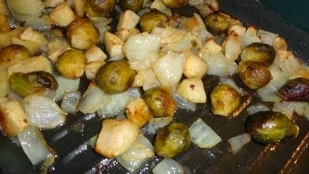 theArtisticFarmer: Roasted Apples & Brussel Sprouts