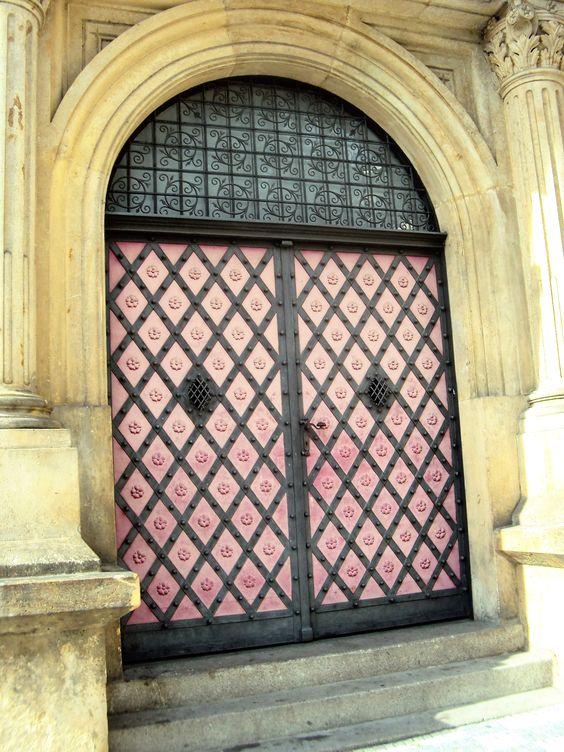 Porta em Praga Praça de S. Venceslau Door