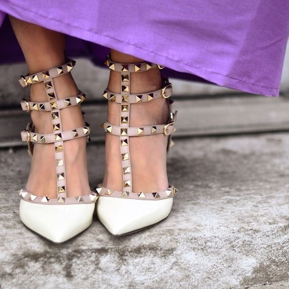 """Valentino Rockstud Pump size 36 Beautiful Ivory color Rockstud pump with 2.5"""" heel. Only worn two times. Small imperfection on heel. Authentic, have box and shoe bags Valentino Shoes"""