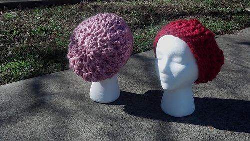 Quick and Cozy Slouchy Hat pattern by Jessica Szerszynski
