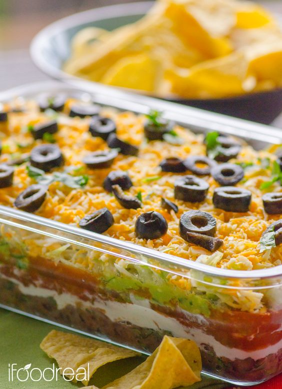 closeup-skinny-7-layer-dip-recipe