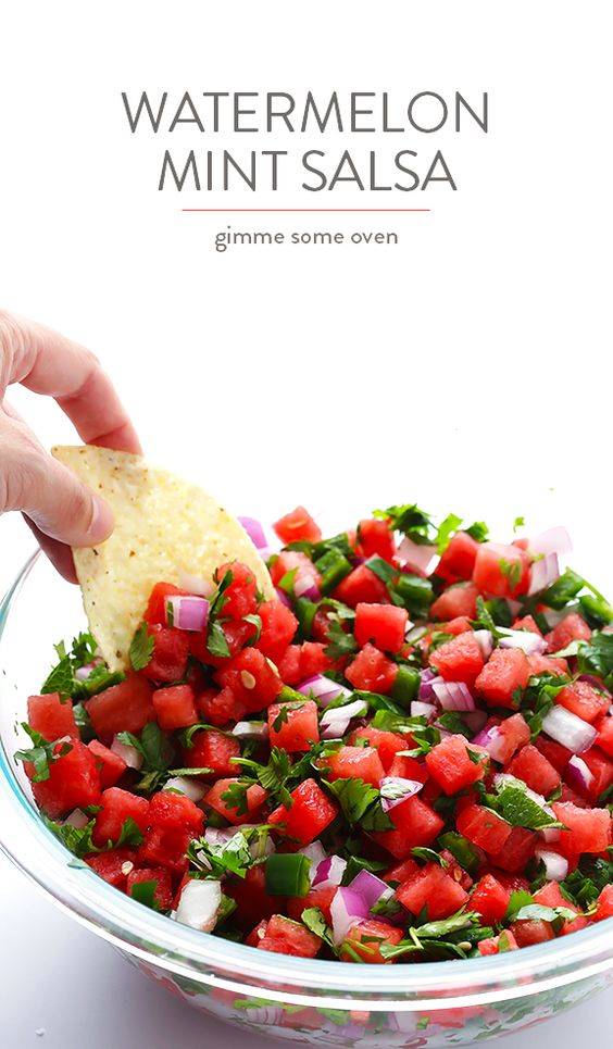 Watermelon Salsa -- quick and easy to make, and so refreshing! | gimmesomeoven.com