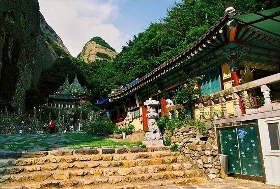 Chùa Tapsa được xây dựng cách đây tới 100 năm