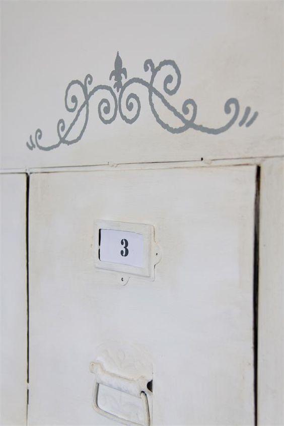 jeanne d arc living template schablone klebefolie shabby vintage deko dekorationen f r jeden. Black Bedroom Furniture Sets. Home Design Ideas