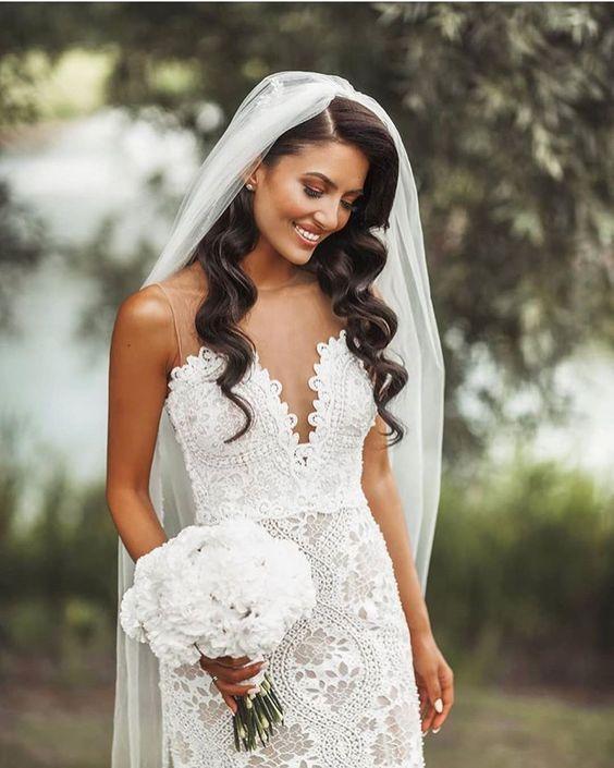 Elegant Bridal Wedding Hairstyle Ideas You Definitely Don T Want To Miss In 2020 Wedding Hair Down Bride Hairstyles Veil Hairstyles